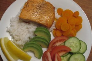 Recipe – Pan Fry Salmon on Rice with Veggies